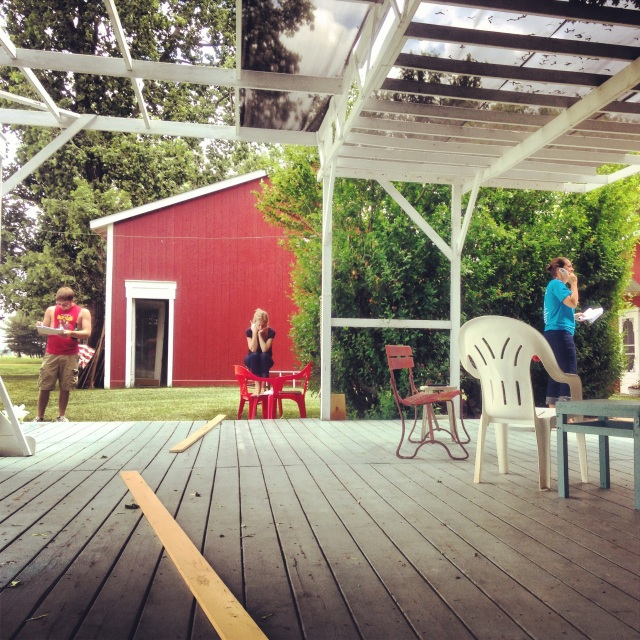 Rehearsing on 'the floor' (the outdoor stage behind the Barn).